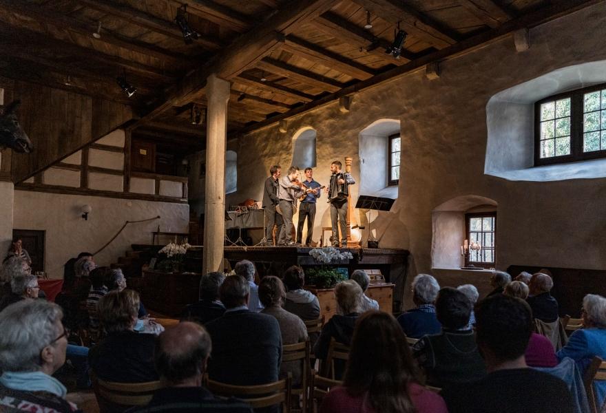 Der Mahlraum der Mühle Otelfingen während einem Konzert